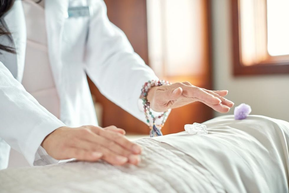 healing hands on body